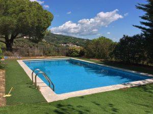 piscina-casa-llavanares